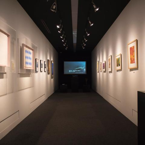 TOKOPOLA modern art gallery